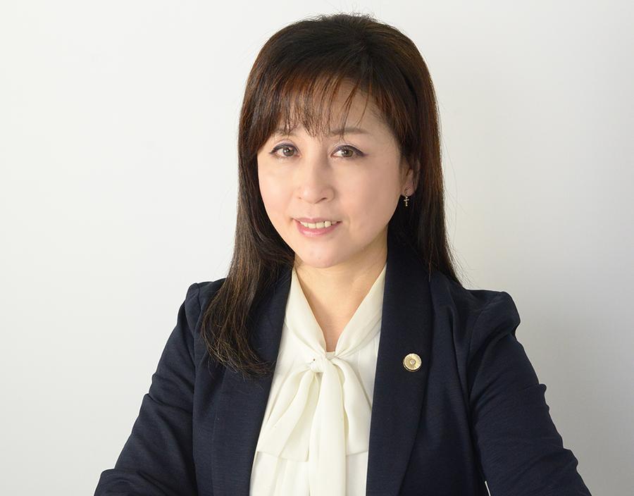 Rie Tohyama